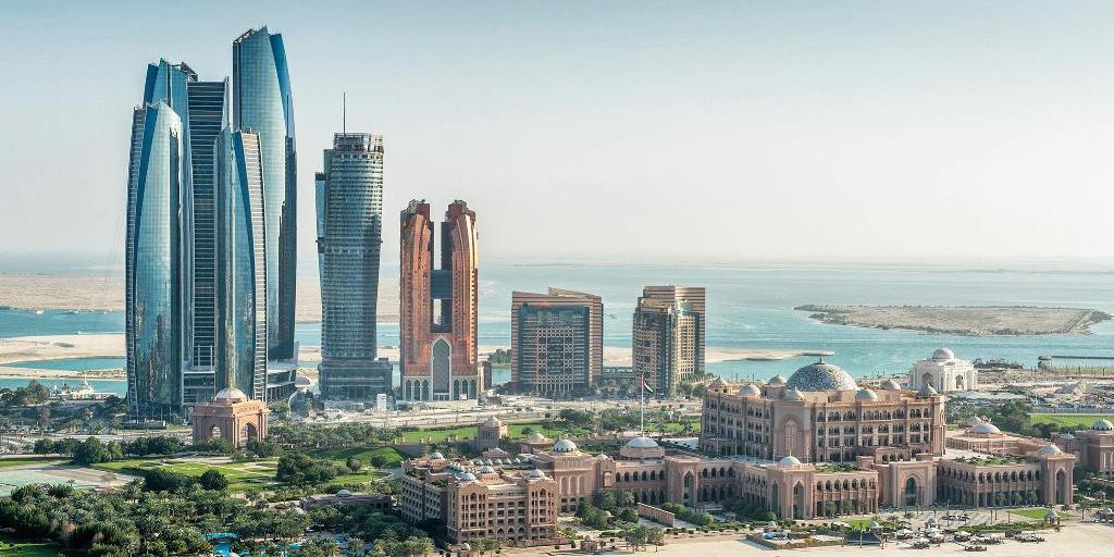 Арабские Эмираты простят своим гражданам долги на $100 млн