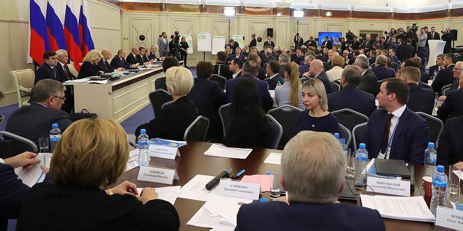 Эксперты: Путин взял под личный контроль развитие первичного звена здравоохранения