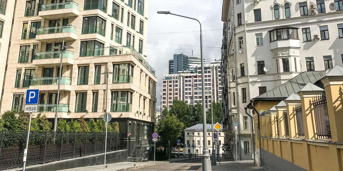 В МЧС озвучили наказание за курение на балконах