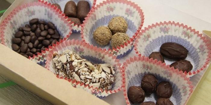 Иркутский заповедник продает конфеты в форме фекалий животных