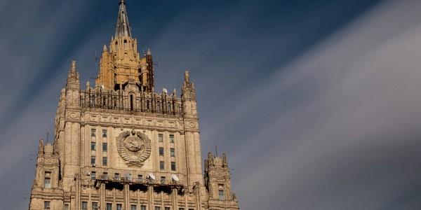 """В МИД России объявили о готовности США заключить """"сделку с дьяволом"""" в Сирии"""