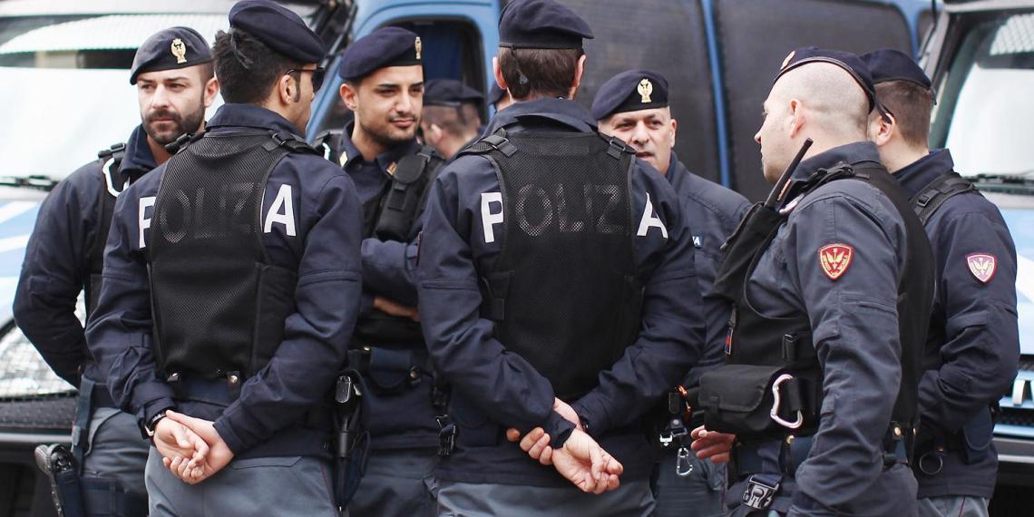 """МИД Италии назвал """"враждебным актом"""" действия задержанного за шпионаж россиянина"""