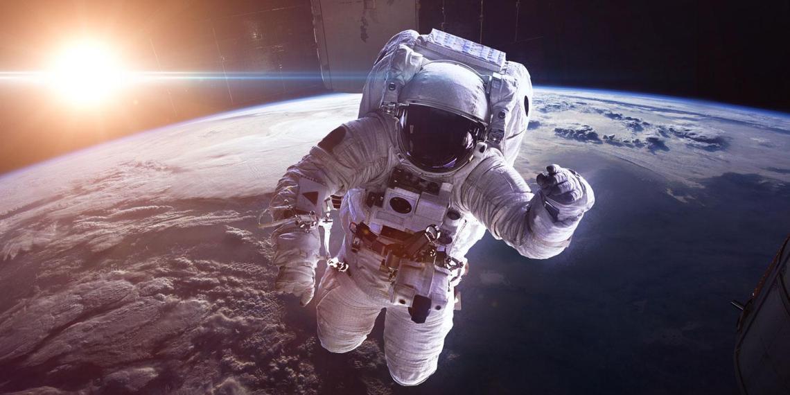 """В Эмиратах создадут международный """"космический суд"""""""