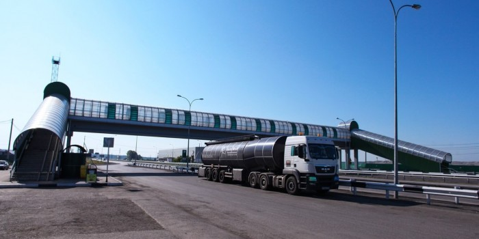 Россия ввела плату за проезд для автоперевозчиков из Латвии и Литвы