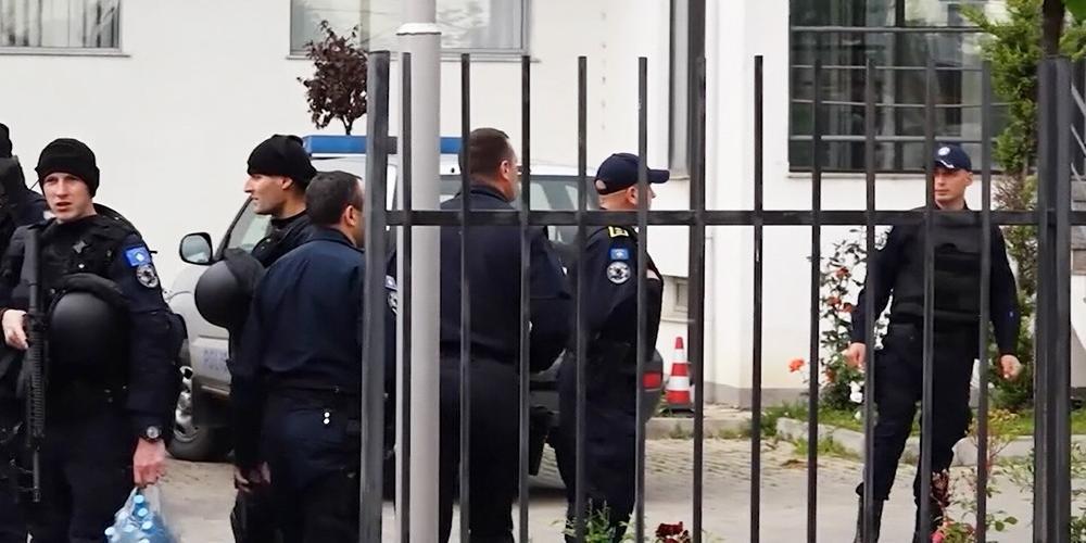 Пострадавшего в Косово россиянина удалось вывезти в больницу Белграда