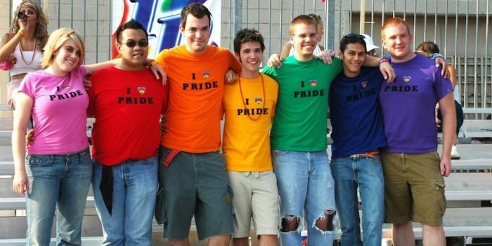 Ученые выяснили, что каждый 11-й американец имел гомосексуальную связь