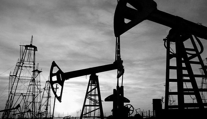 Эксперты: Сможет ли Россия пережить падение стоимости нефти?