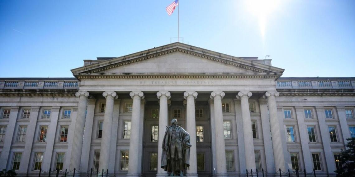 Администрация Байдена планирует ограничить применение экономических санкций