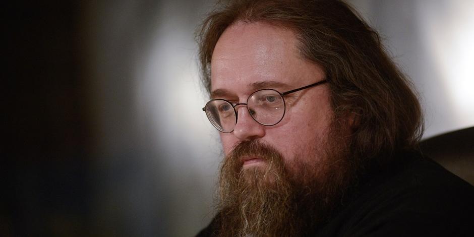 Кураев прокомментировал установку памятника патриарху Кириллу