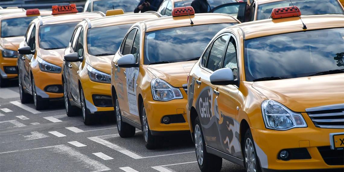 Водителям с судимостью запретят работать в такси