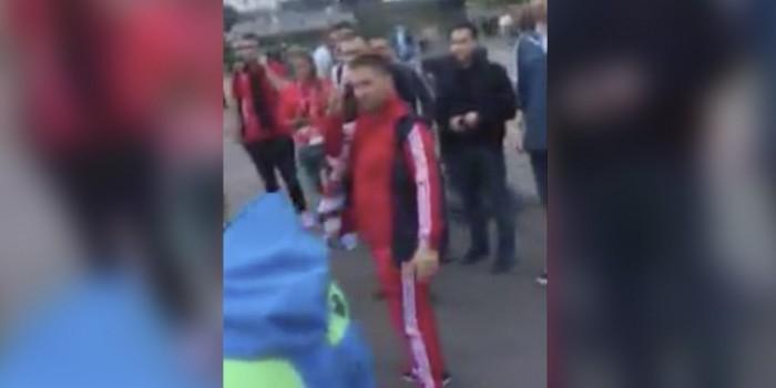 """Нападение фанатов на экс-форварда """"Зенита"""" Панова попало на видео"""