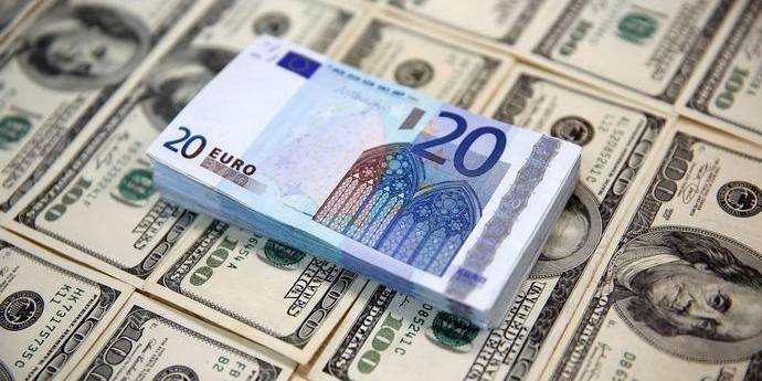 В ЕС разработали план отказа от доллара