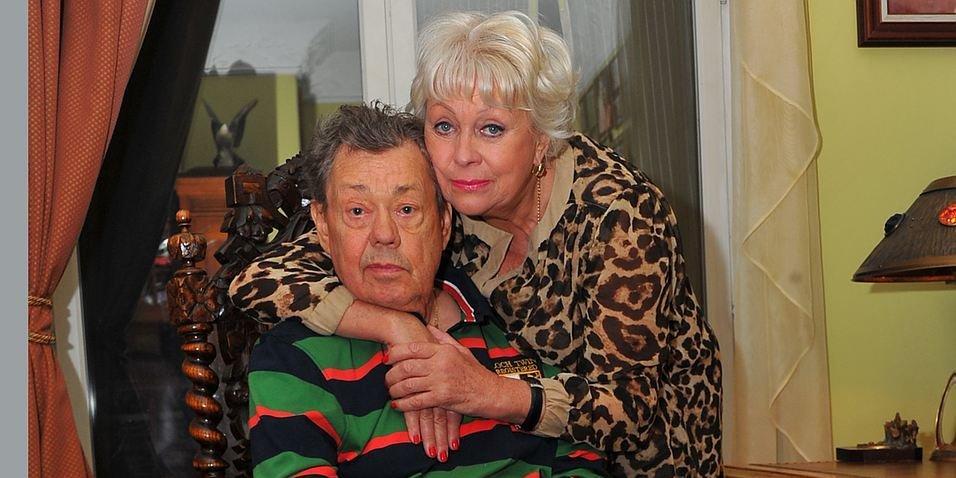 Если меня собьет машина, знайте, кто это: вдова Караченцова опасается за свою жизнь