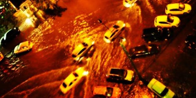 Потоп в Воронеже: улицы превратились в реки (ФОТО и ВИДЕО)