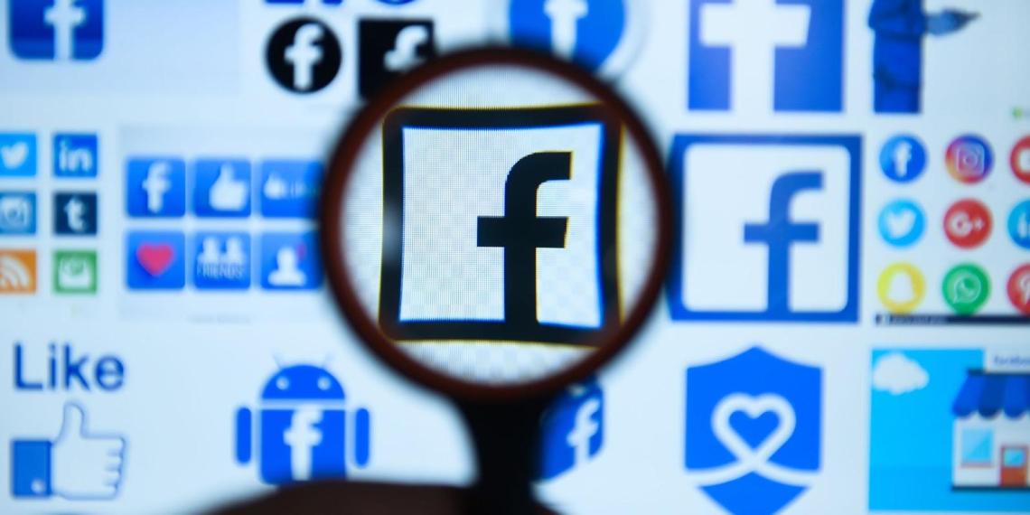 Наблюдательный совет Facebook уличил соцсеть в предвзятости