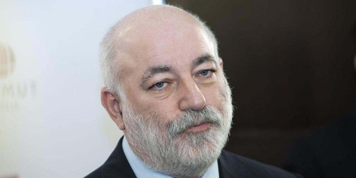 Вексельберг уйдет с поста главы попечительского совета Еврейского музея