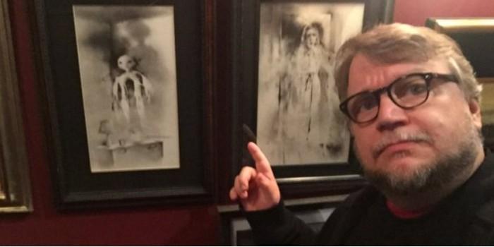 Гильермо дель Торо собирается экранизировать книгу детских страшилок