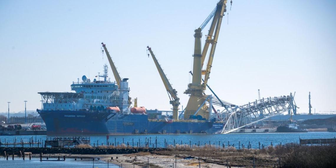 В Кремле ответили на планы США отказаться от санкций против оператора СП-2