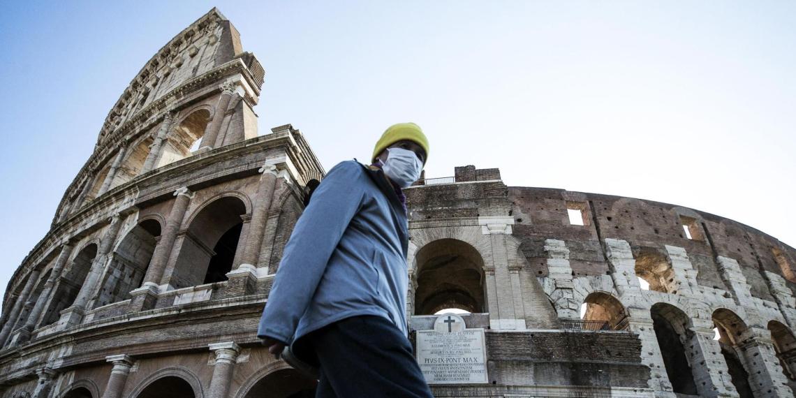 Власти Италии продляют режим ЧС до мая из-за сложной ситуации с коронавирусом