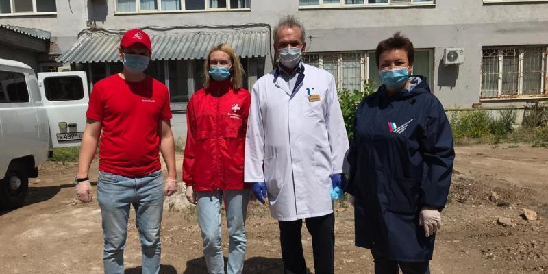"""Волонтеры """"Молодежки ОНФ"""" оборудовали госпиталь для пациентов с коронавирусом"""