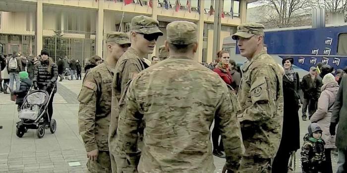 Немецкое СМИ пошутило над заблудившимися в Европе американскими солдатами