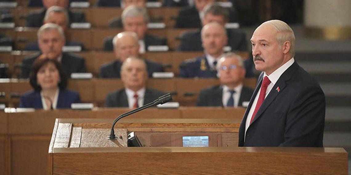Лукашенко пригрозил завалить Европу наркотиками и мигрантами