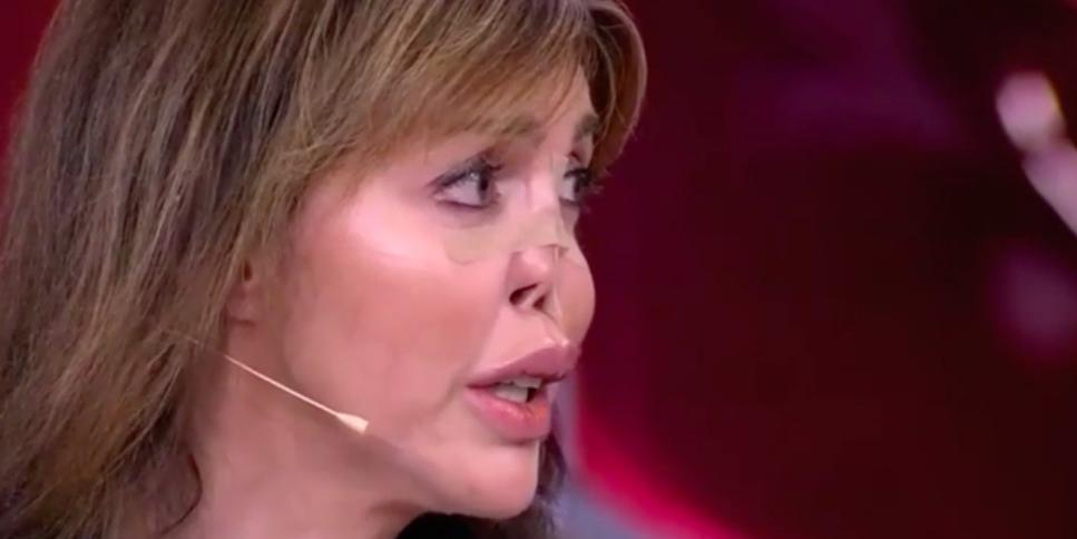 """""""Использовала черную магию"""": экс-супруга Аршавина с провалившимся носом пришла на шоу к Малахову"""