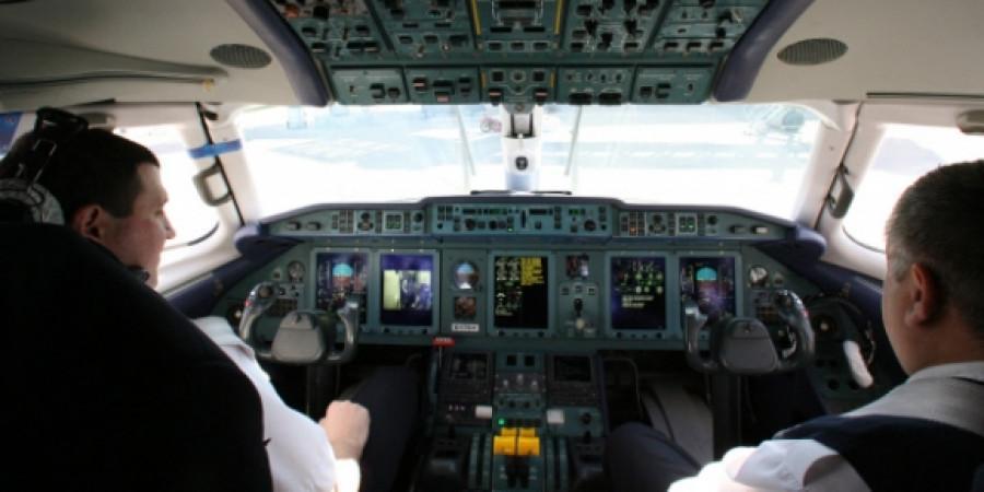 """""""Взлетел и начинаешь бороться со сном"""": российские пилоты пожаловались на переработки"""