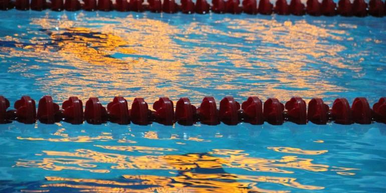 Российскую юную пловчиху затравили после победы над олимпийской призеркой Ефимовой