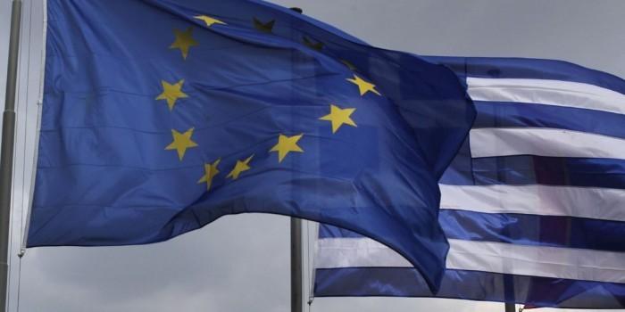 Еврогруппа рекомендует Греции временно покинуть еврозону