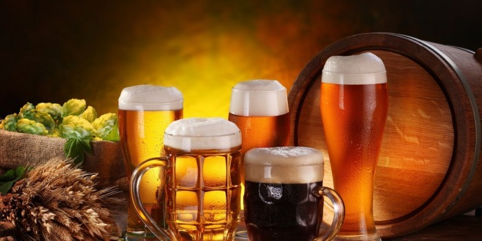 Житель Архангельска подал жалобу о том, что чуть не захлебнулся слюной из-за рекламы пива