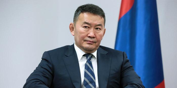Президента Монголии изолировали после возвращения из Китая
