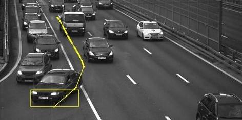 Московского водителя оштрафовали за нарушение ехавшей впереди машины