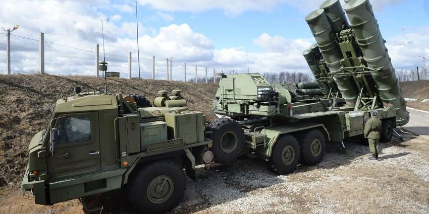 Лавров заявил о праве России на поставку Дамаску С-300