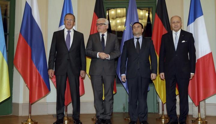 «Нормандская четверка» договорилась об отводе военной техники в Донбассе