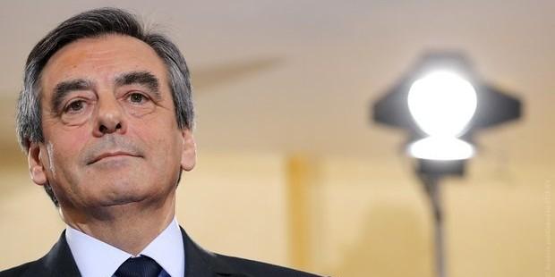Фийон обвинил Олланда в политическом заговоре против него