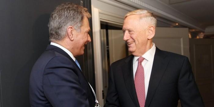 """Министры обороны США и Финляндии обсудили """"российскую агрессию"""""""