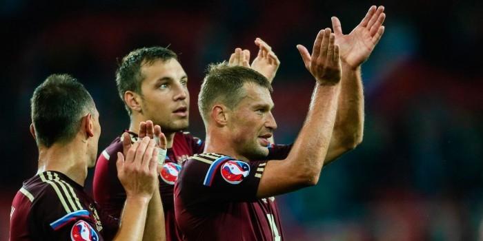В рейтинге ФИФА сборная России опустится на рекордно низкое место