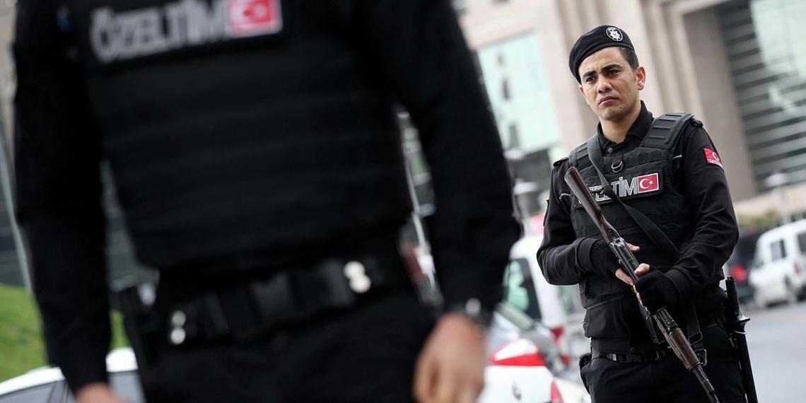 Задержанные в Турции по подозрению в шпионаже россияне оказались выходцами из Чечни