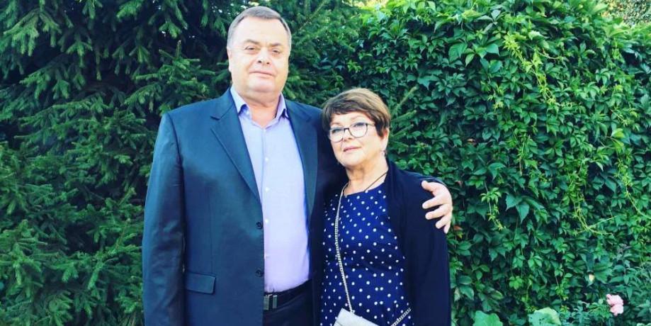 СМИ: родители Фриске хотят продать Шепелеву с внуком свою долю в квартире Жанны за 21 миллион