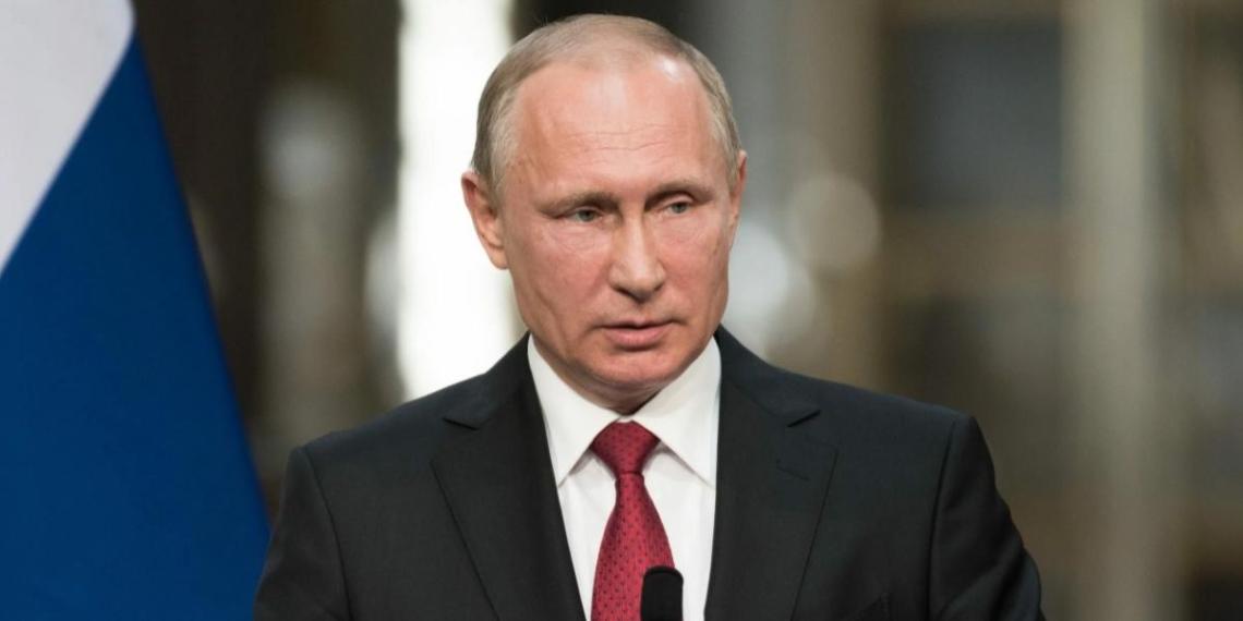 Путин рассказал о важности чемпионатов WorldSkills и ArtMasters в подготовке кадров