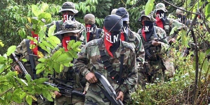 В Колумбии россиянин ранил пятерых захватчиков и сбежал из плена