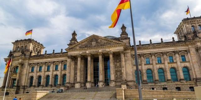 Германия назвала Россию своим соперником и внесла в список угроз
