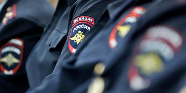 Троих полицейских наградят за проведение задержания на Хованском кладбище