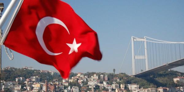 Россия приостанавливает безвизовый режим с Турцией с 1 января 2016 года