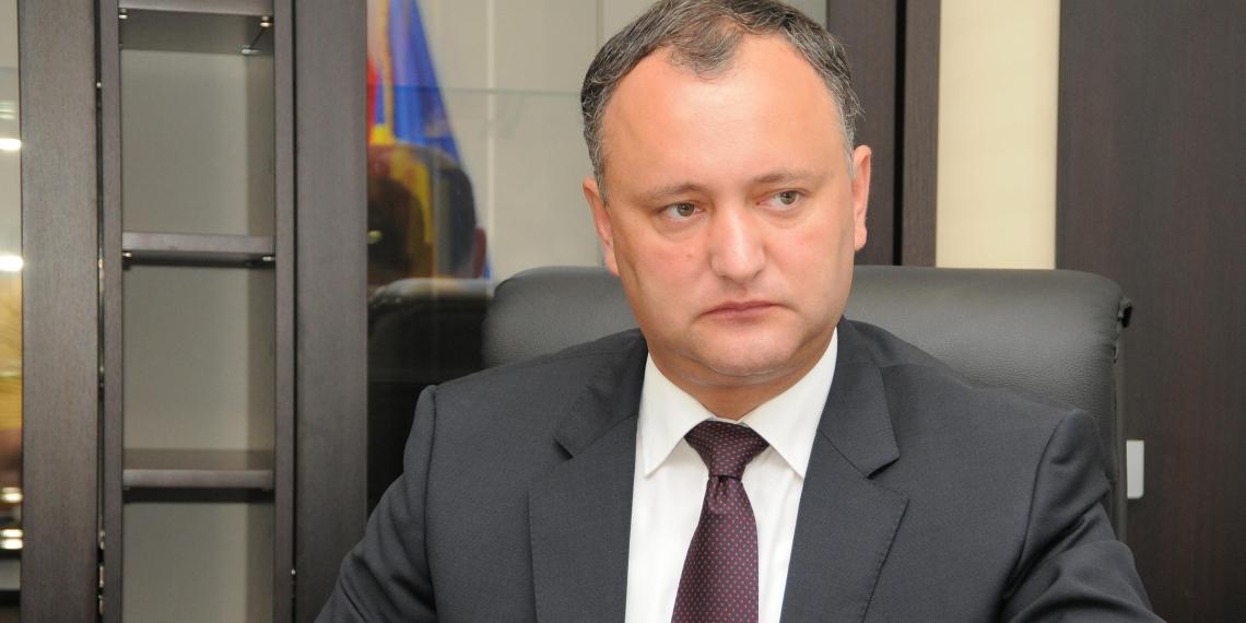 Додон потребовал отставки министра обороны