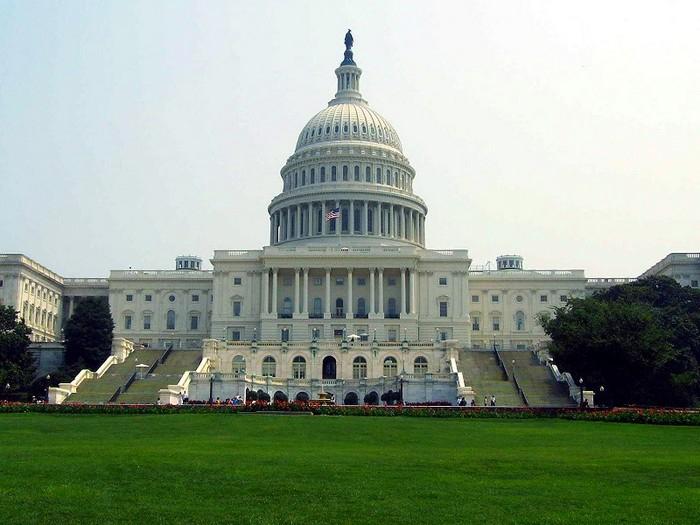 Как медом намазано: Сколько несанкционированных проникновений в Белый дом было совершено в 2014 году