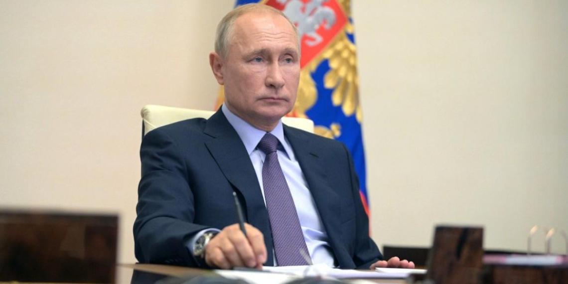 Путин поддержал идею о депутатской отчетности перед избирателями