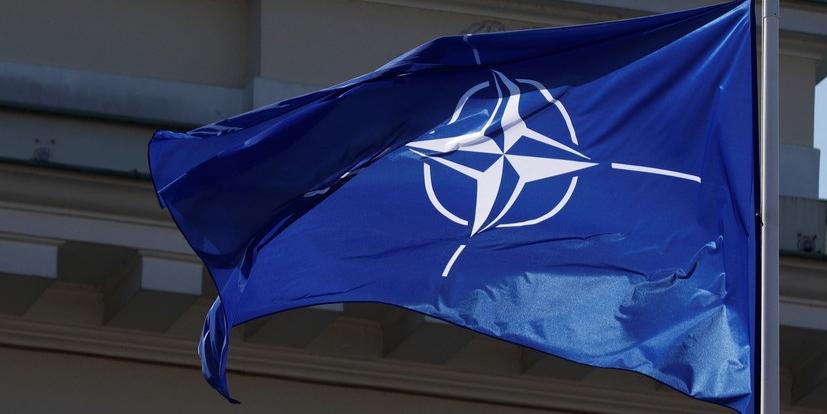 """Россия призвала НАТО выбрать один из двух """"стульев"""""""