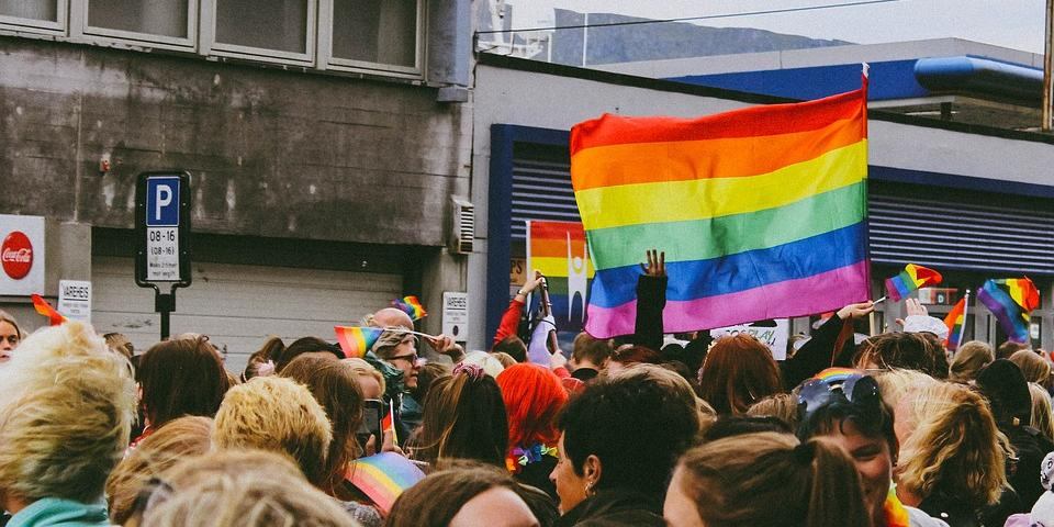 В России впервые выписали штраф за открытую гомофобию